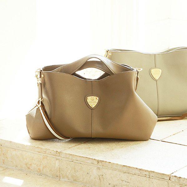 30代の女性に人気のアタオのレディースバッグ