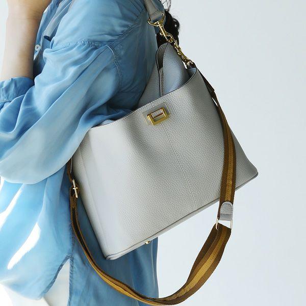 50代の女性に人気、アタオのレディースバッグ